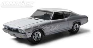 GREENLIGHT MCG STOCK & CUSTOM 1968 CHEVROLET CHEVELLE SS 164 SCALE