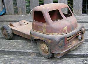 RARE ANTIQUE VINTAGE 1940S WYN TOYS PRESSED STEEL TRUCK