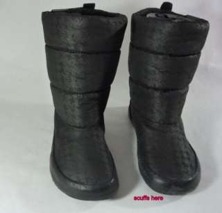 New Womens Roxy JUNEAU Black Printed Nylon Boots Faux Fur Lining Pull