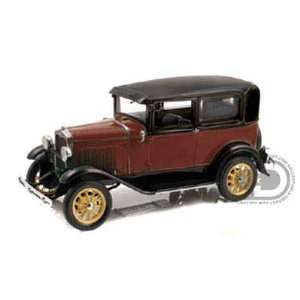 1931 Ford Model A Tudor 1/18 Red Toys & Games